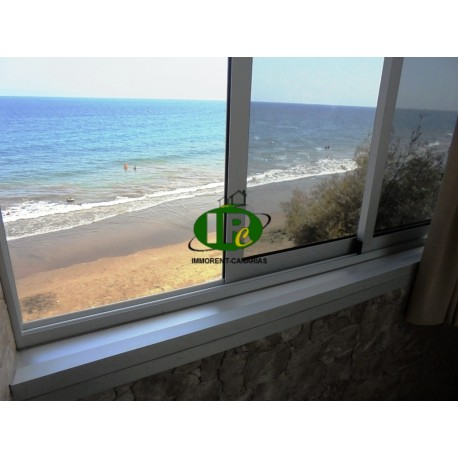 Two-Bedroom Apartment on 2nd Floor with Direct Sea View and Elevator - 3