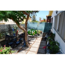 Beautiful, semi-detached large bungalow, usable for 6 persons. directly to the sea side - 3
