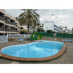 One bedroom apartment with balcony, within walking distance to the beach