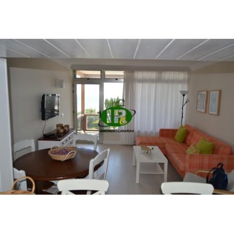 Vakantieappartement, onlangs gerenoveerd met 2 slaapkamers voor maximaal 4 personen, in de 1e rij aan de zee - 1