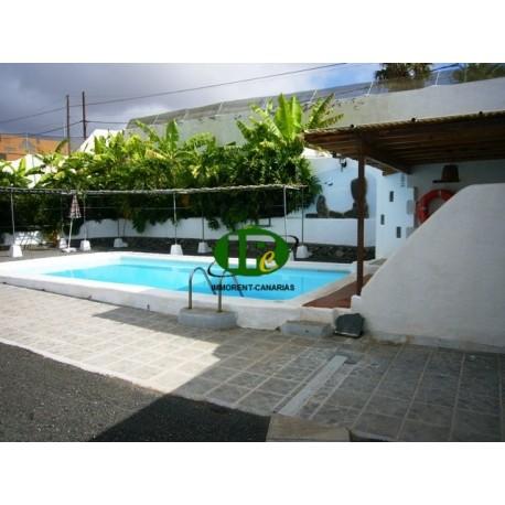 Finca / landhuis op meer dan 800 m2 met zoetwaterzwembad