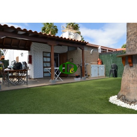 Bungalow with 2 bedrooms, very large terrace, fenced, tiled, and covered with artificial turf - 1