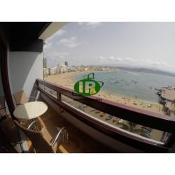 Apartamento de 1 dormitorio con balcón y vistas al mar - 1