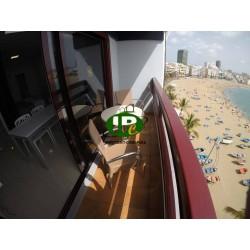 Однокомнатная квартира с 1 спальней, балконом - 10