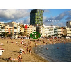 Holiday studio apartment on 36 sqm on 4th floor with balcony, in 1st line to the sea and beach Las Canteras