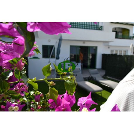 Bungalow with 2 bedrooms and nice terrace with sea view - 1