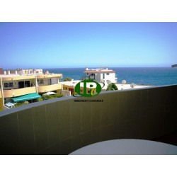 Mooi appartement in de 1e rij aan zee, uitzicht op zee, met 2 slaapkamers