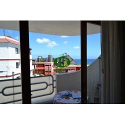 Квартира с 1 спальней на жилой площади около 45 кв.м на третьей линии моря. расположен на склоне