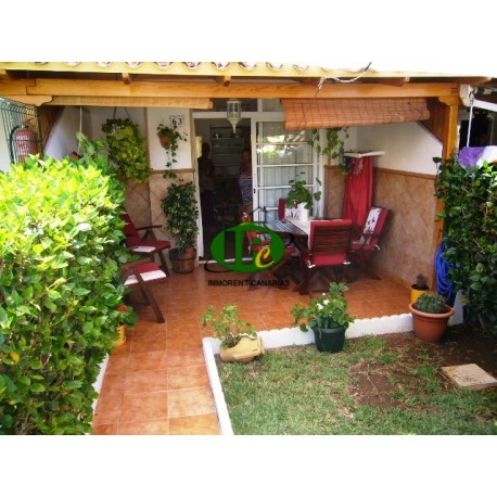 Beautiful renovated duplex bungalow with 1 bedroom and enclosed garden