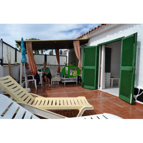 bungalow with 2 bedrooms and large enclosed terrace
