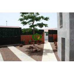 Haus mit 4 Schlafzimmer und 3 Bäder auf 300 m2 Fläche - 1