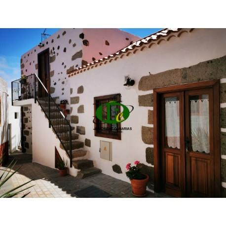 Hübsches canarisches Haus auf ca 120 qm Wohn- und Nutzfläche auf 2 Ebenen mit 2 Schlafzimmern - 4