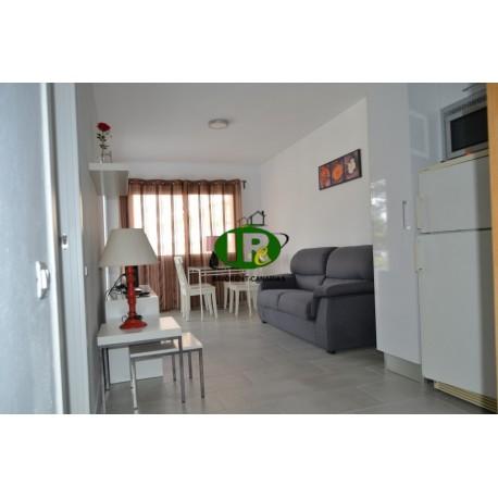 Квартира недавно отремонтирована с 2 спальнями в центре Плайя дель Инглес - 16