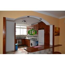 3-х комнатная квартира на 2 этаже с лестницей в центре города в Сан Фернандо - 1