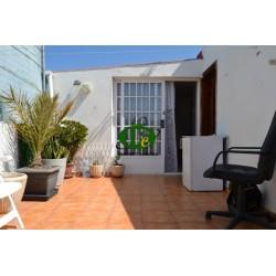 Mooi appartement boven de daken van el Tablero voor 1 tot 2 personen met 1 slaapkamer en een groot terras