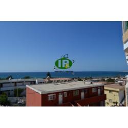 Apartamento de 1 dormitorio con una superficie habitable de unos 45 m2 en la tercera línea del mar. - 1