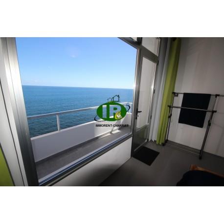 Groot huis met verschillende slaapkamers en verschillende terrassen direct aan zee gelegen - 13