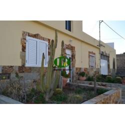 Huis met een groot perceel, verschillende terrassen en de mogelijkheid van uitbreiding - 1