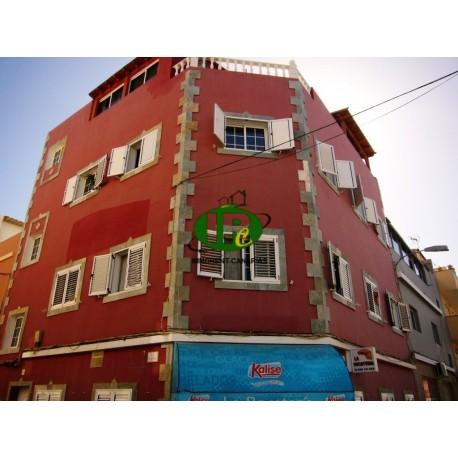 Appartement met 3 slaapkamers en 2 badkamers gelegen in een zijstraat - 21