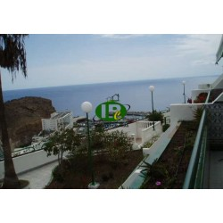 Apartment with 1 bedroom on about 55 sqm. Located on the 2nd floor on the hillside, overlooking the sea and the harbor