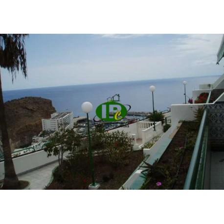 Apartment mit 1 Schlafzimmer auf ca 55 qm. in 2. Etage am Hang gelegen, Blick auf das Meer und den Hafen - 1