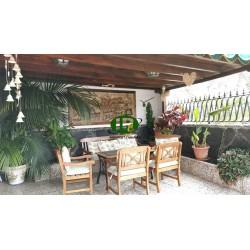 Bungalow de 2 dormitorios en un complejo tranquilo y popular en el corazón de Playa del Inglés