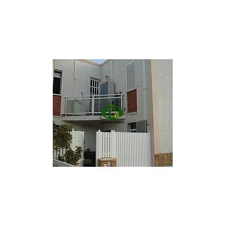Duplex met 3 slaapkamers en 2 badkamers op ongeveer 100 vierkante meter met airconditioning en terras - 8